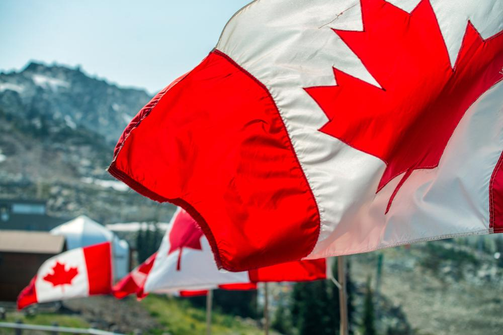 A guide to everything a vaccinated traveller should know before entering Canada!